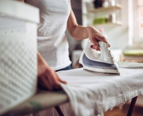 Wie vermeide ich Knitterfalten beim Trocknen?